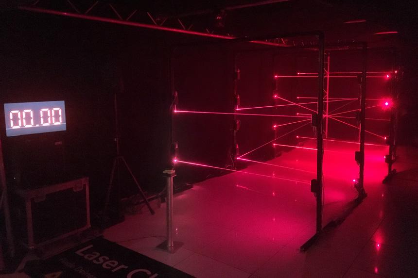das Laserlabyrinth mit Zeitanzeige